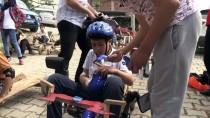 AHMET DEMİR - Tekerlerini Yağladıkları 'Tahta Araba'larla Yarışıyorlar