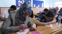 FEVZI ÇAKMAK - Veliler Ve Çocukları 'Okuma' Aşkıyla Sınavda Ter Döktü
