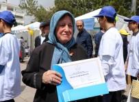 KEMAL YURTNAÇ - Yozgat'ta Okuma Yazma Öğrenen En Yaşlı 14 Kursiyer Ödüllendirildi
