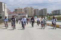 MUSTAFA KUTLU - Yurt Öğrencileri Sağlık İçin Pedal Çevirdi