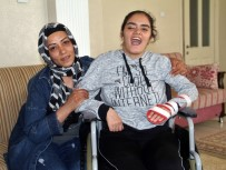 KÖK HÜCRE NAKLİ - 6. Kattan Düştü Hayatta Kaldı Ama Tedavisi İçin 600 Bin Lira Gerekiyor