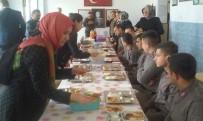 PARTİ ÜYESİ - AK Partili Kadınlardan Mehmetçiğe Ev Yemeği