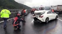 BOLU DAĞı - Anadolu Otoyolu'nda Trafik Kazası Açıklaması 3 Yaralı