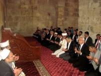 ALI YERLIKAYA - Araban'da Tarihi İç Kale Cami 60 Yıl Sonra İbadete Açıldı