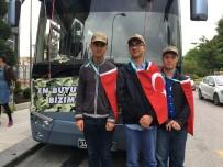 MALTEPE BELEDİYESİ - 'Engel' Tanımayan Gençler Askere Uğurlandı