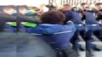 İNSAN ZİNCİRİ - Fransa'da Üniversite Reformu Protestosu