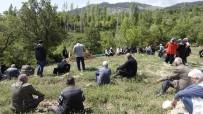 GÖKTEPE - Karaman'da Darp Edilip Bıçaklanarak Öldürülen Şahıs Toprağa Verildi
