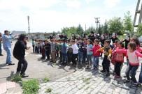 Pandomim Atölyesi İlkokul Öğrencilerine Gösteri Düzenledi