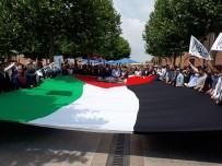 HACI BAYRAM - Yüzlerce Kişi Filistinlilere Destek İçin Bir Araya Geldi