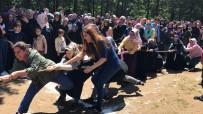 AHMET HAŞIM BALTACı - Anneler, Kıyasıya Yarıştı
