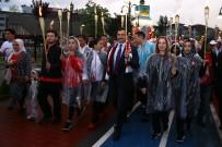GÜMÜŞDERE - Başkan Ak, Gençlik Haftasında Milli Sporcularla Yürüdü