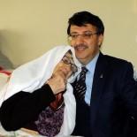 KAYHAN TÜRKMENOĞLU - Başkan Türkmenoğlu'ndan 'Anneler Günü' Mesajı