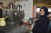 MEHMET ÇETIN - Çay Ocağı İşletip İki Oğlunu Mühendis Yaptı