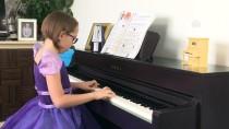 MÜZİK YARIŞMASI - İzmirli Minik Piyanistten Dünya Birinciliği