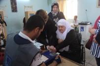 ELEKTRONİK KART - Kerkük'te Oy Verme İşlemi Sürüyor