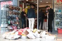 KÜLTÜR SANAT MERKEZİ - Kırşehir'de Ani Su Baskını Esnafa Zor Anlar Yaşattı