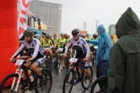 TÜRKIYE BISIKLET FEDERASYONU - Mardin'de Dağ Bisikleti Yarışması Düzenlendi