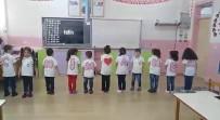 MEHMETÇIK - Minik Öğrencilerden Anneler Günü Etkinliği