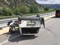 HACıHAMZA - Takla Atan Otomobil Hurdaya Döndü Açıklaması 2 Yaralı