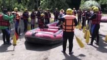 HAVA SICAKLIKLARI - Yağmur Raftingcilerin Yüzünü Güldürdü