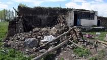 YAŞAR ERYıLMAZ - Ağrı'da Evin Kileri Çöktü Açıklaması 2 Yaralı