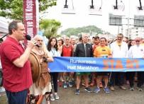 GENÇLİK VE SPOR İL MÜDÜRÜ - Aksu Yarı Maratonu Koşusu Yapıldı