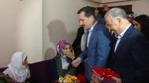 LOKMAN ERTÜRK - Bakan Arslan'dan Şehit Ve Gazi Ailelerine 'Anneler Günü' Ziyareti