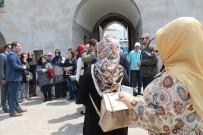 YABANCI TURİST - Battalgazi İlçesi Turist Çekmeye Devam Ediyor