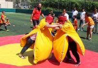 ÇıTAK - Bodrum'da Anneler Sumo Güreşi Yapıp, Langırt Oynadı