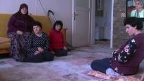 Ömrünü Üç Engelli Kızına Adadı