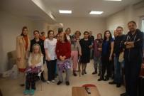 ALZHEIMER - Özel Ümit Hastanesi, Alzheimer Merkezindeki Anneleri Unutmadı
