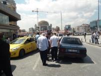 TİCARİ TAKSİ - Taksim Meydanı'ndaki Kaza Trafiği Felç Etti
