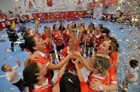 ANTALYASPOR - Türkiye Kadınlar Hentbol Süper Lig Şampiyonu Muratpaşa Belediyespor Kupasını Aldı
