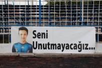 TRAFIK KAZASı - 3 Yıl Önce Trafik Kazasında Hayatını Kaybeden Enes İçin Futbol Turnuvası Düzenlendi
