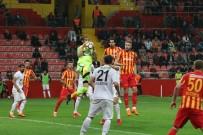 METE KALKAVAN - Akhisarspor Ligde Kalmayı Garantiledi