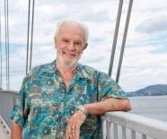 BILIM ADAMLARı - Altın Kollu Adam Emekli Oldu