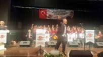 ÇUKUROVA GAZETECILER CEMIYETI - ÇGC Korosu Türkülerle Coşturdu