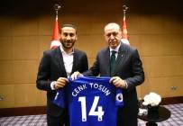 CENK TOSUN - Cumhurbaşkanı Erdoğan, İngiltere'de Oynayan Tür Futbolcularla Buluştu