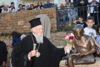 Fener Rum Patriği Bartholomeos'un Okuduğu İlkokula Heykeli Yaptırıldı