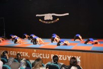 BOZÜYÜK BELEDİYESİ - Minik Cimnastikçiler İzleyenleri Büyüledi