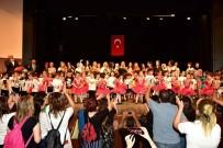 KAMU ÇALIŞANLARI - Minikler 'Türkiyem Gösterisi'yle Coşturdu