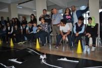 HAKEM HEYETİ - Öğrencilerin Yaptığı Robotlar Egemenlik İçin Samsun'a Çıktı