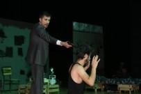 ŞEHİR TİYATROSU - Şehir Tiyatrosu Sezonu Tamamladı