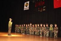 KADIR TOPBAŞ - Suriyeli Ve Türk Çocukların Hazırladığı Kardeşlik Gösterisine Büyük İlgi