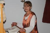 DENGE BOZUKLUĞU - Yakalandığı Hastalığı Evde Dokuma Yaparak Yendi
