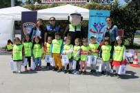 TRAFİK KURALLARI - Yalovalı Çocuklar Trafik Kurallarını Eğlenerek Öğrendiler