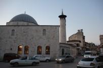 SERENLI - Anadolu'nun İlk Camisinde Teravih Namazı Kılındı