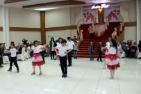 Engelli Öğrencilerden Dans Gösterisi