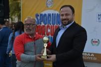 MEHMET ÖZDİLEK - Erbaa'da Okul Sporları Ve Okullar Ligi Kupaları Törenle Verild.