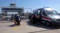 SAĞLIK EKİBİ - Feribot İskeleye Çarptı Açıklaması Yaralılar Var !